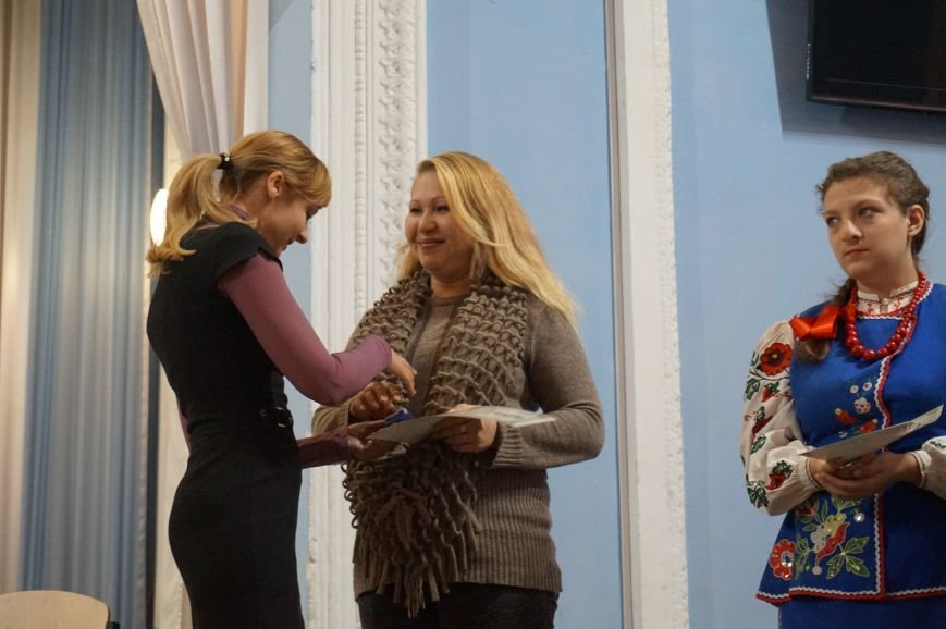 Криворожские волонтеры получили награды от губернатора Днепропетровщины (ФОТО), фото-14