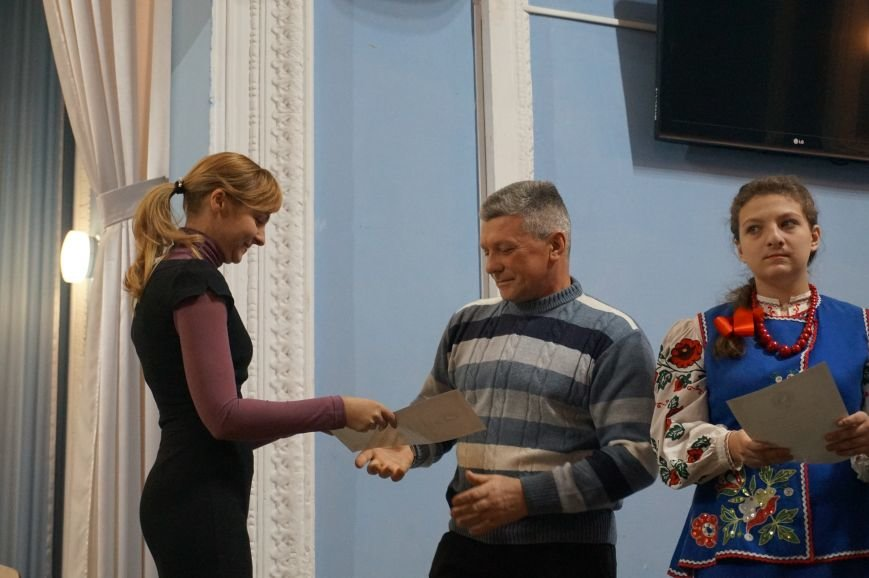 Криворожские волонтеры получили награды от губернатора Днепропетровщины (ФОТО), фото-18
