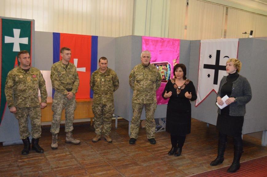 От Киевской Руси до Правого сектора: в музее показали украинские флаги (фото), фото-1