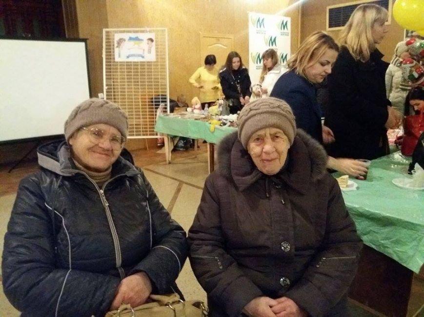 """Волонтеры Мелитополя встретились в """"Кузнице добрых дел"""" (фото), фото-4"""