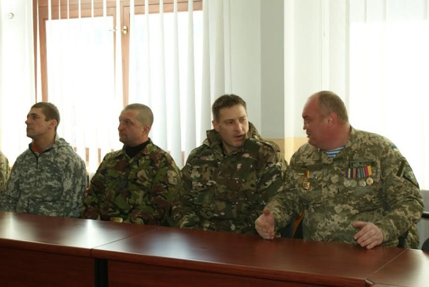 Участникам АТО из Каменского вручили документы на землю, фото-7