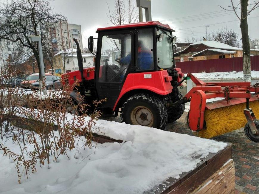 Уборка снега в Вишневом (ФОТО), фото-1