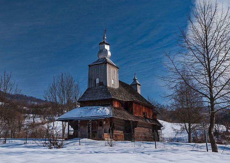 Василівська церква, село Сіль (Закарпатська область). Катерина Байдужа, вільна ліцензія CC BY-SA 4.0