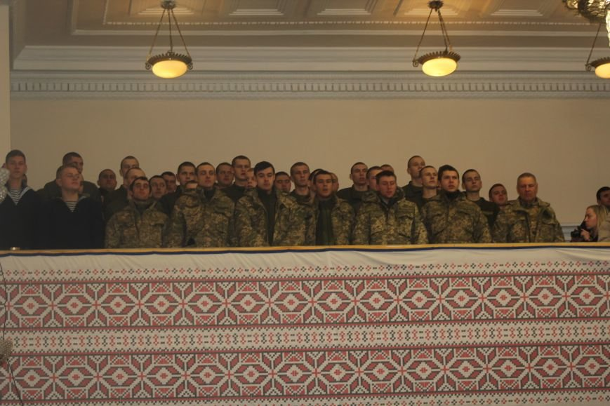 В Мариуполе военных поздравили с Днем ВСУ (ФОТО), фото-2
