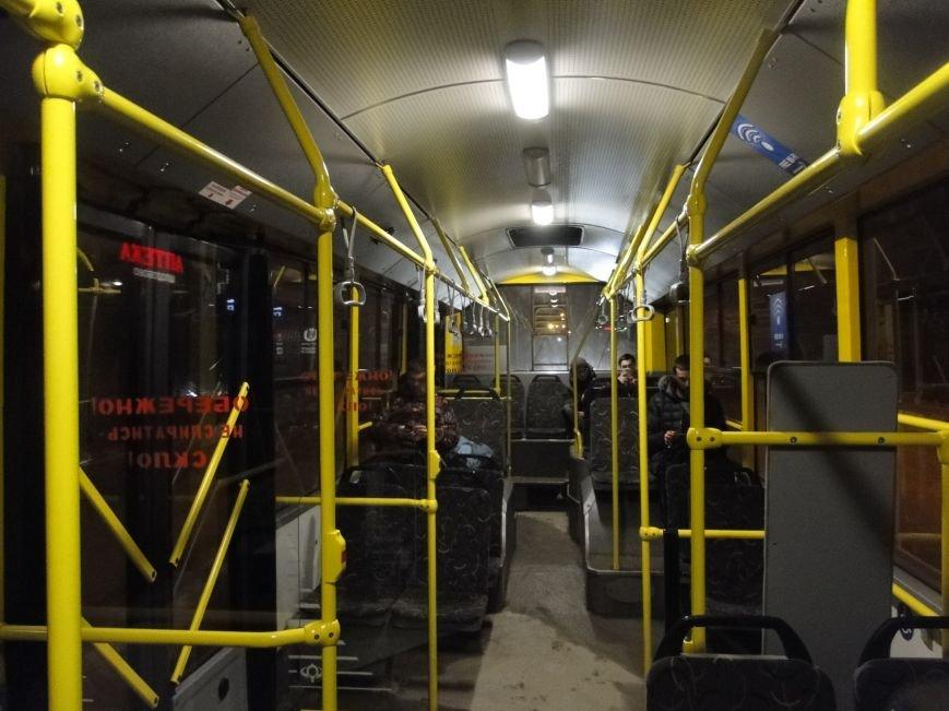 Нічні тролейбуси у Хмельницькому: бути чи не бути (ФОТО), фото-1