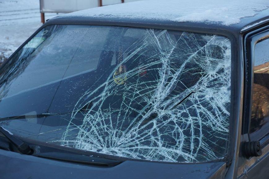 В ДТП на проспекте Аношкина в Каменском пострадала женщина-пешеход, фото-4