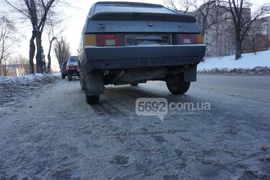 В ДТП на проспекте Аношкина в Каменском пострадала женщина-пешеход, фото-3