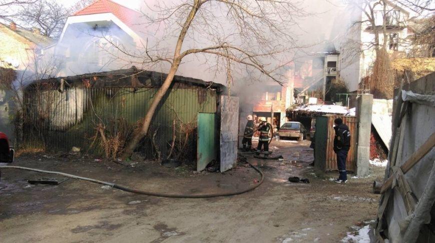 З'явилися подробиці вчорашнього вибуху у центрі Ужгорода: фото, фото-4