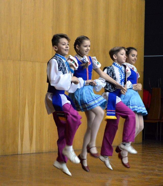 В Доброполье состоялся праздничный концерт ко Дню Вооруженных Сил Украины, фото-3