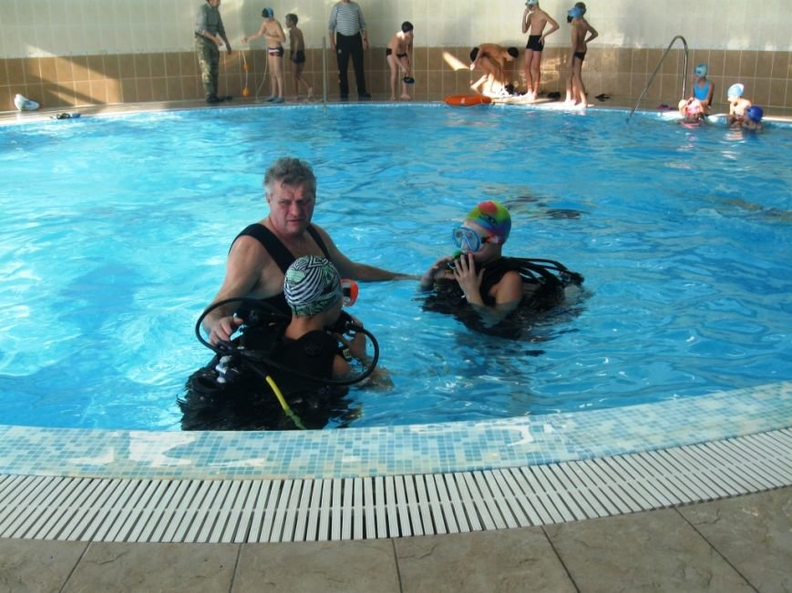 В ялтинском санатории «Дюльбер» провели детский семинар по спасательной и военно-морской подготовке, фото-3