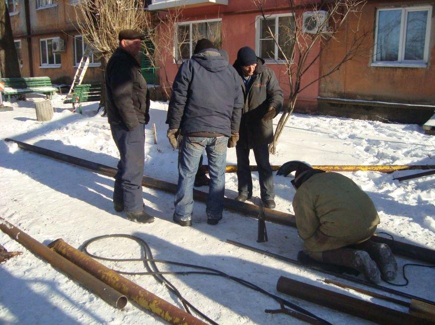 В Покровске коммунальщики по неосторожности оставили без газа 3 жилых дома. Когда восстановят газоснабжение?, фото-6