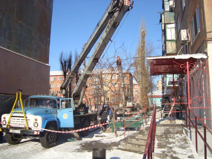 В Покровске коммунальщики по неосторожности оставили без газа 3 жилых дома. Когда восстановят газоснабжение?, фото-2