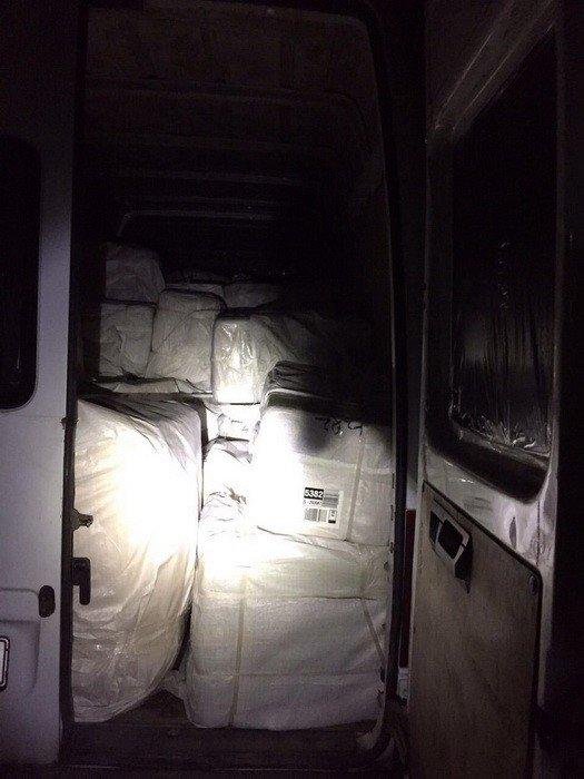 СБУ викрила канал контрабанди, який «кришували» закарпатські митники: фото, фото-1