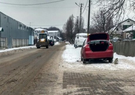 ФОТОФАКТ: Уборка снега в Вишневом, фото-1