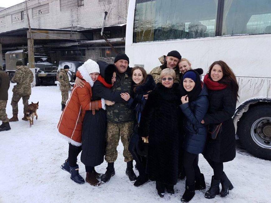 Тернопільські актори відвідали захисників України у зоні АТО і показали виставу (ФОТО), фото-2