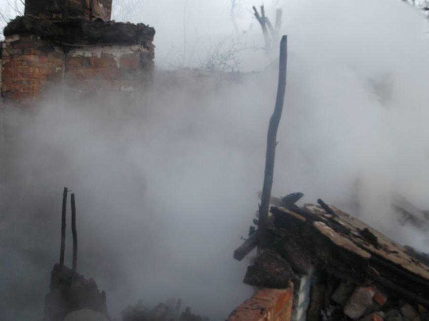 На Полтавщине спасатели во время тушения пожара обнаружили труп, фото-1