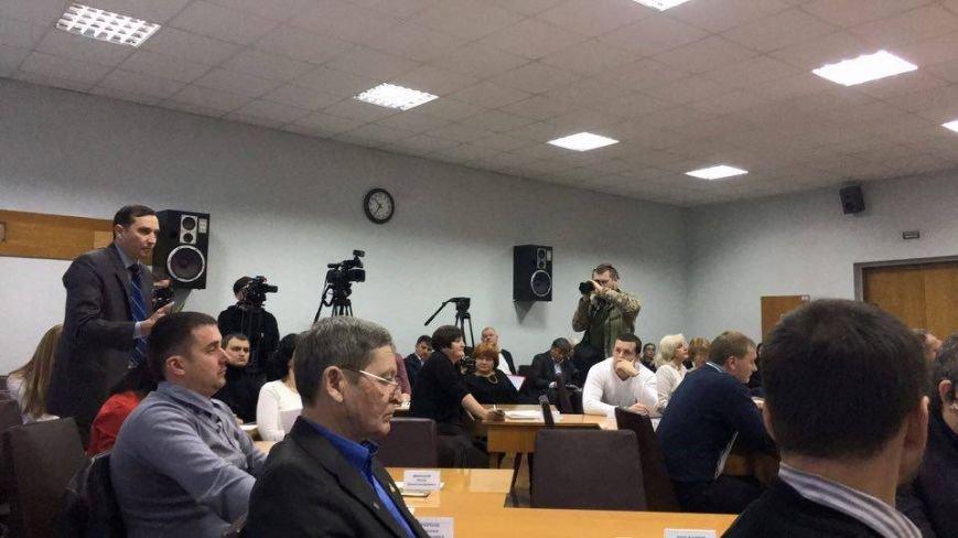 Большинство депутатов Криворожского горсовета решили - стоимость проезда надо повышать (ФОТО), фото-1