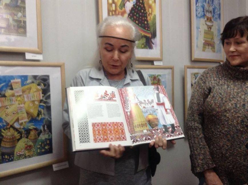 В художественном музее Мариуполя прошла выставка иллюстратора детских книг Виктории Ковальчук (ФОТО), фото-11