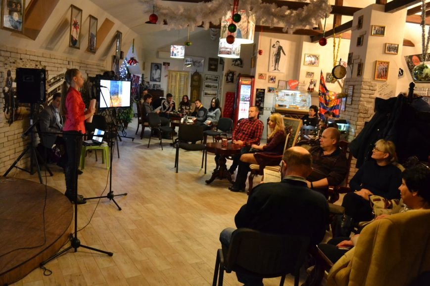 В Каменском прошел благотворительный концерт в поддержку воинов АТО, фото-2