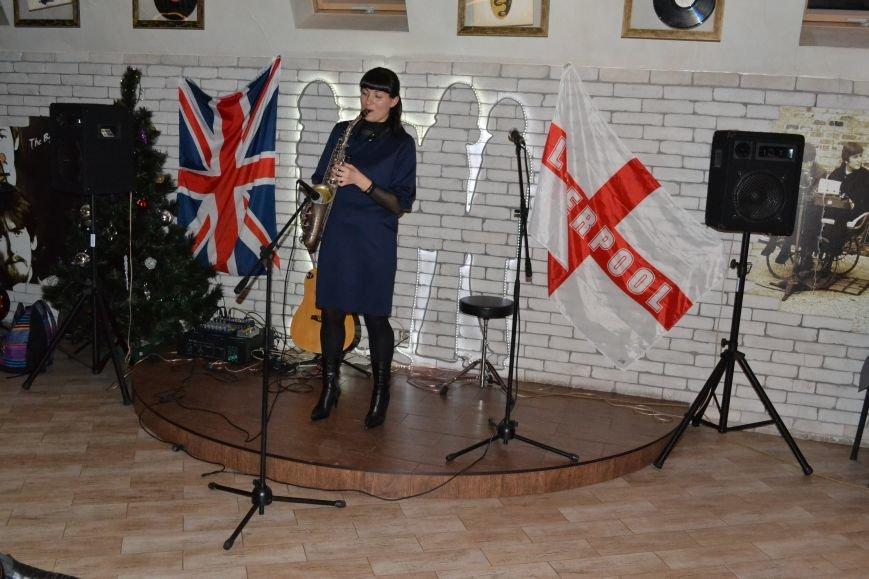 В Каменском прошел благотворительный концерт в поддержку воинов АТО, фото-18