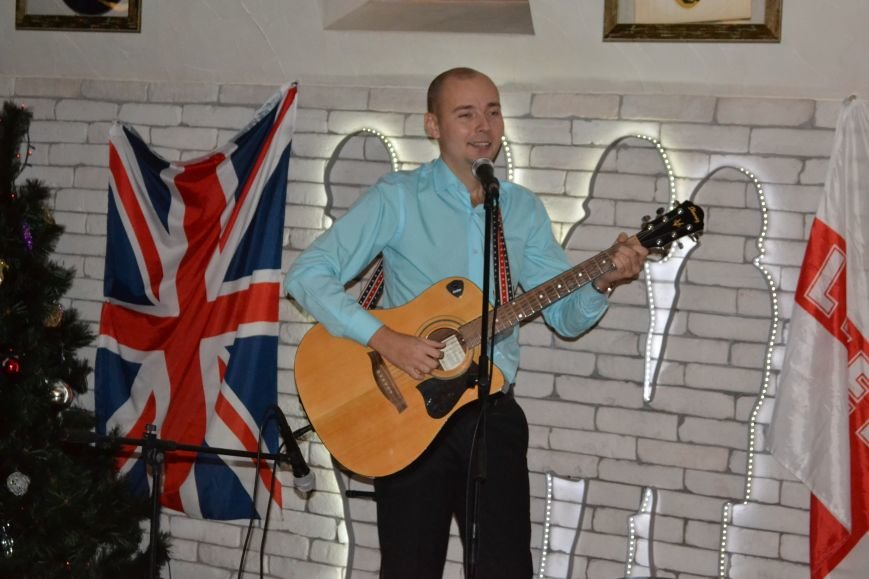 В Каменском прошел благотворительный концерт в поддержку воинов АТО, фото-10