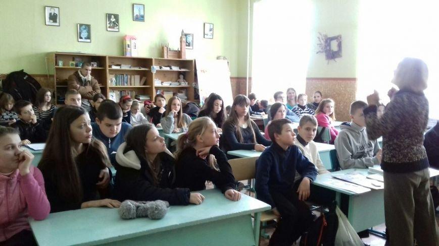 Студенты и школьники Кривого Рога поддержали несправедливо заключенных (ФОТО), фото-14