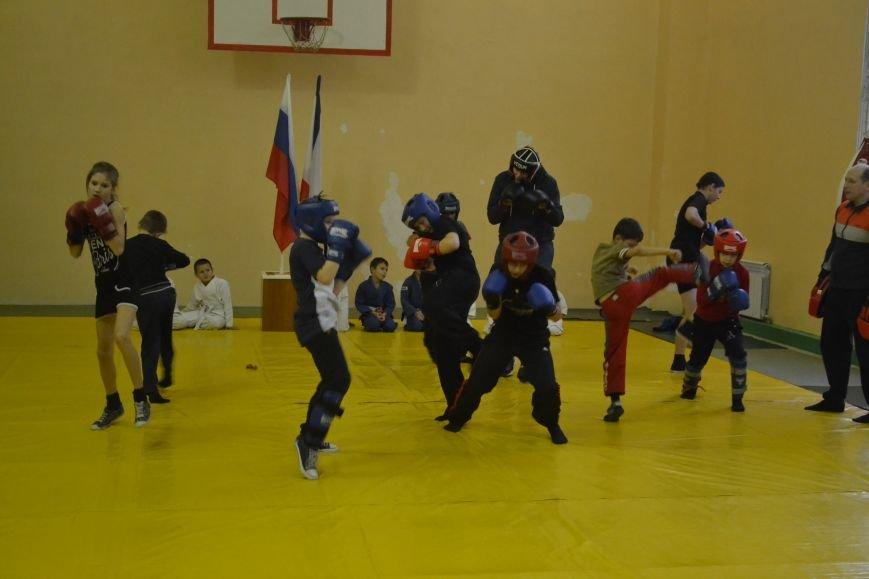 В ялтинском МКУ «ДЮЦ по физкультуре и спорту» отметили День Героев Отечества, фото-3