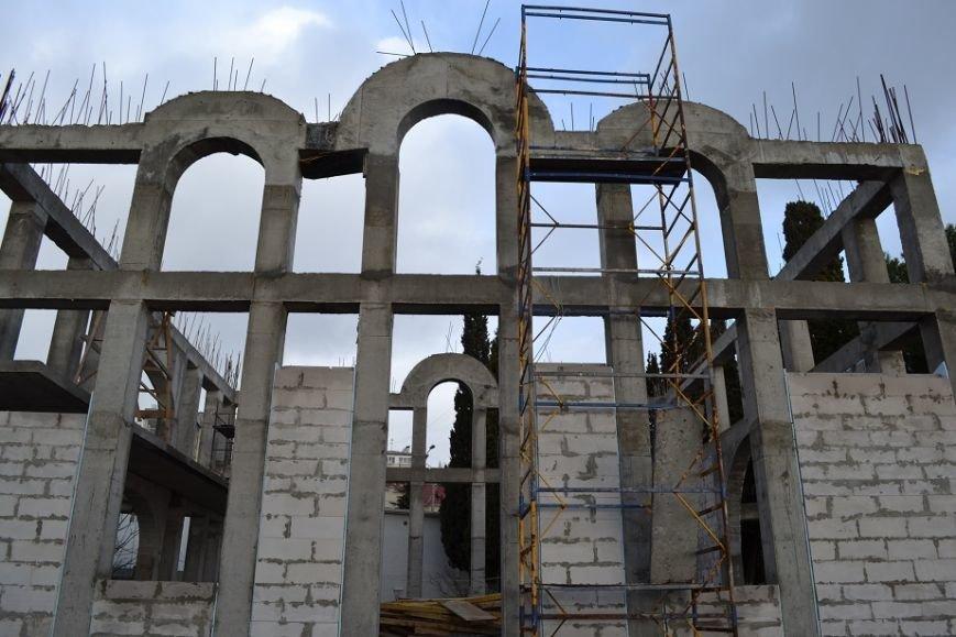 Храм всем миром. В центре Кореиза строят Храм Вознесения Господня, фото-1