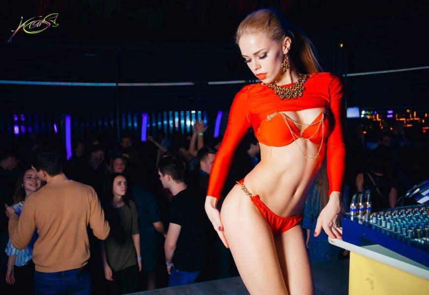 Самые яркие фото танцовщиц go-go в клубах Полоцка и Новополоцка. Версия Gorod214.by, фото-4