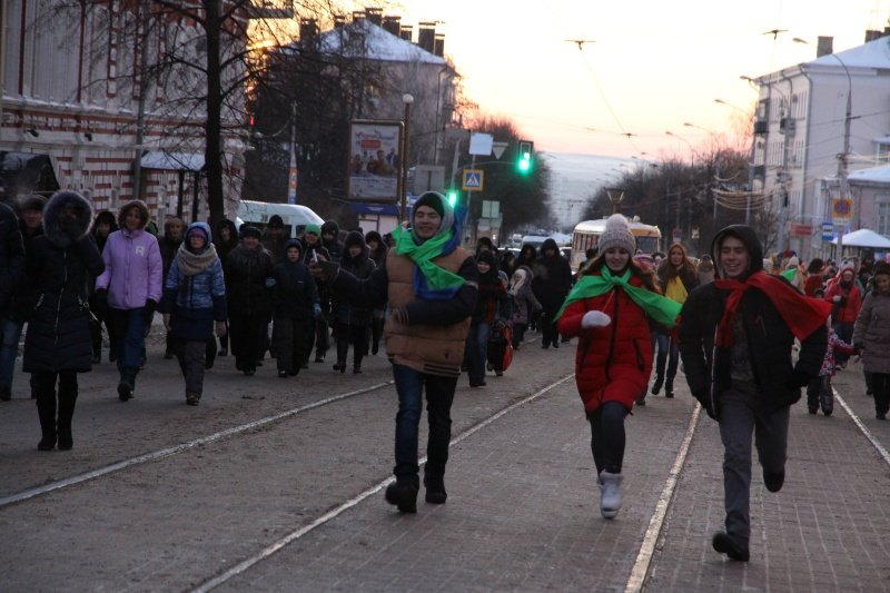 По Ульяновску прошлись Деды Морозы. ФОТО, фото-6