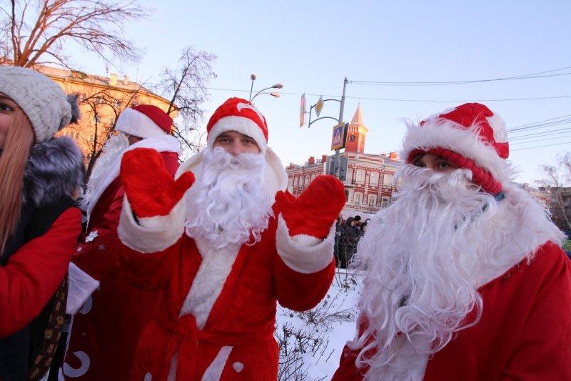 По Ульяновску прошлись Деды Морозы. ФОТО, фото-3