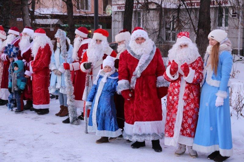 По Ульяновску прошлись Деды Морозы. ФОТО, фото-2