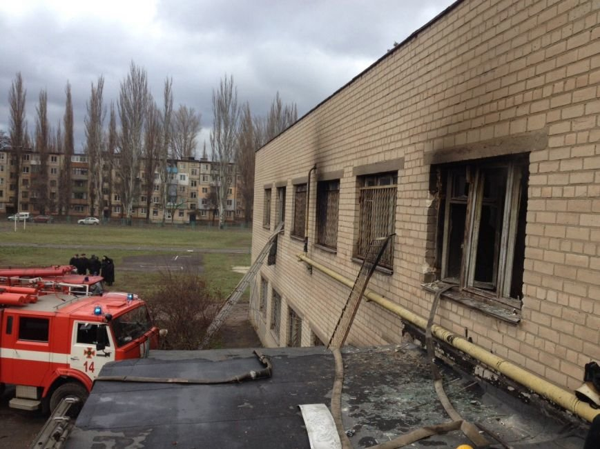 Огонь уничтожил в криворожском ВУЗе дорогостоящее кухонное оборудование (ФОТО), фото-4