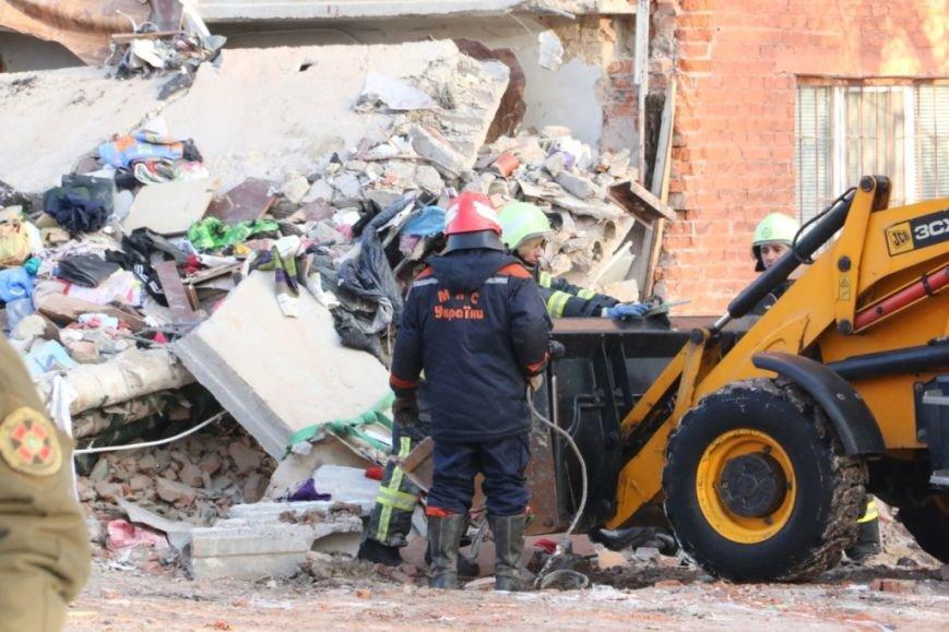 В Чернигове рухнуло общежитие (обновляется), фото-18