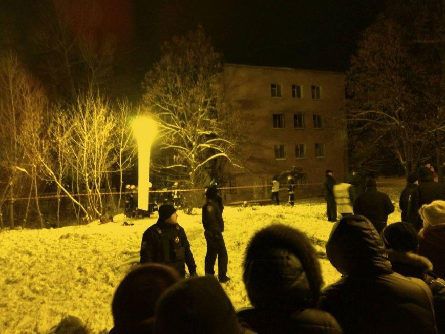 В Чернигове рухнуло общежитие (обновляется), фото-9