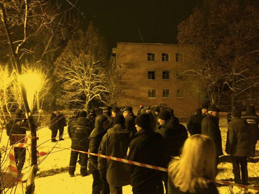 В Чернигове рухнуло общежитие (обновляется), фото-7