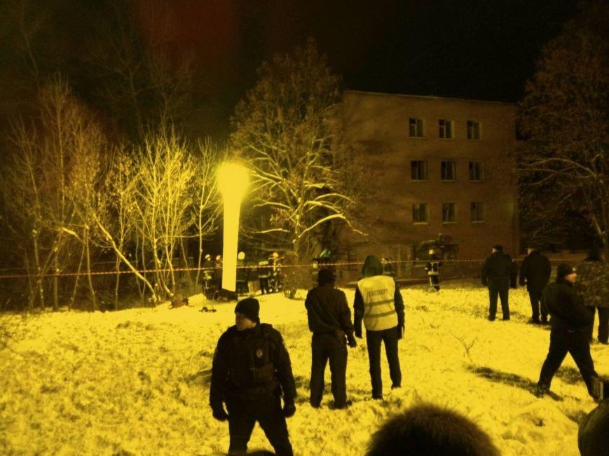 В Чернигове рухнуло общежитие (обновляется), фото-5