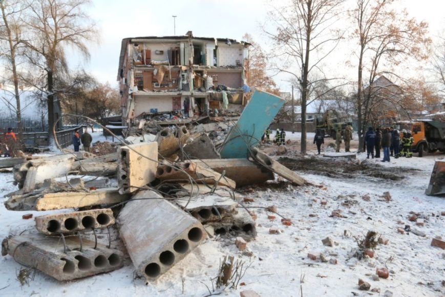 В Чернигове рухнуло общежитие (обновляется), фото-19