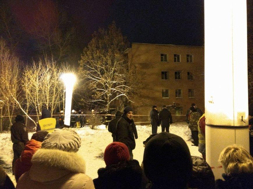 В Чернигове рухнуло общежитие (обновляется), фото-4