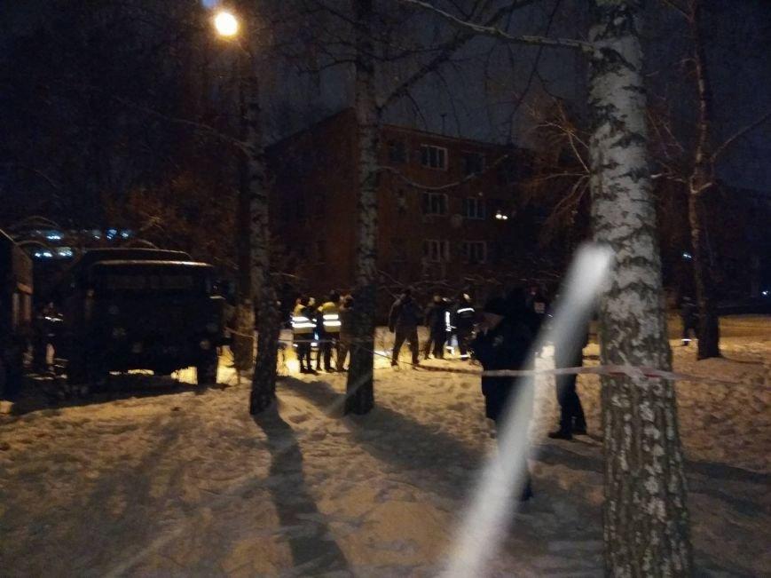 В Чернигове рухнуло общежитие (обновляется), фото-15