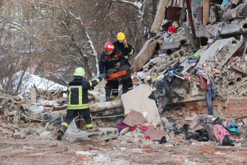 В Чернигове рухнуло общежитие (обновляется), фото-17