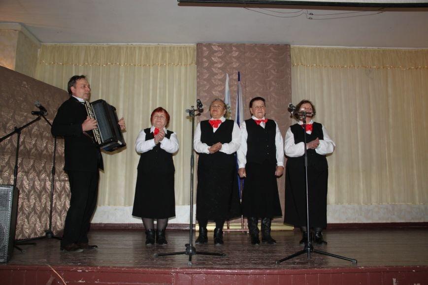 Лери Сванидзе поздравил школьников Алупки с Днем Конституции, фото-4