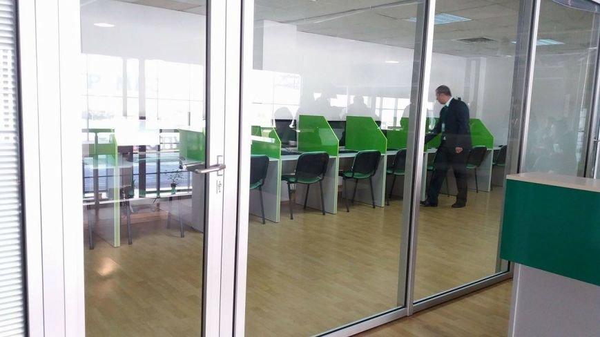 В Запорожье открылся сервисный центр МВД: с детским уголком и электронной очередью, - ФОТО, фото-3