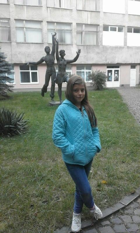Ужгородка Аніта Білей, прикута до ліжка через недбалість комунальників, святкує 12-річчя: фото, фото-2