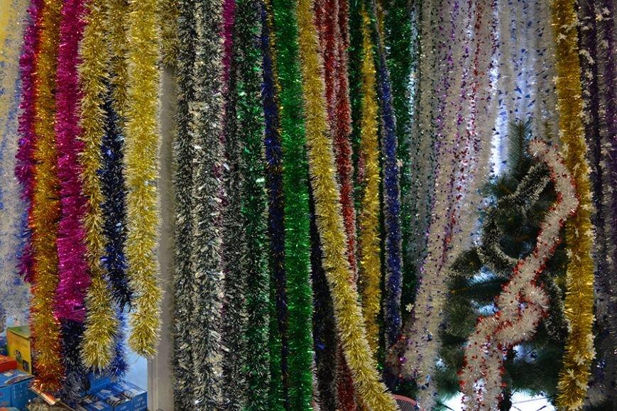 Разноцветный дождик, елочные игрушки и гирлянды. Покупаем новогодние украшения в Новополоцке за копейки, фото-4