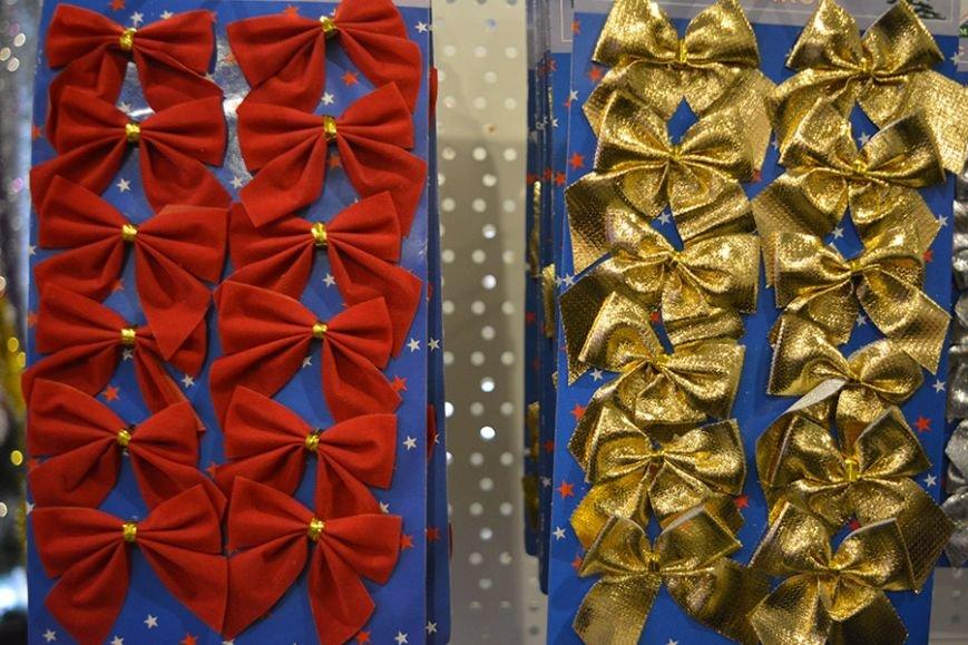 Разноцветный дождик, елочные игрушки и гирлянды. Покупаем новогодние украшения в Новополоцке за копейки, фото-9