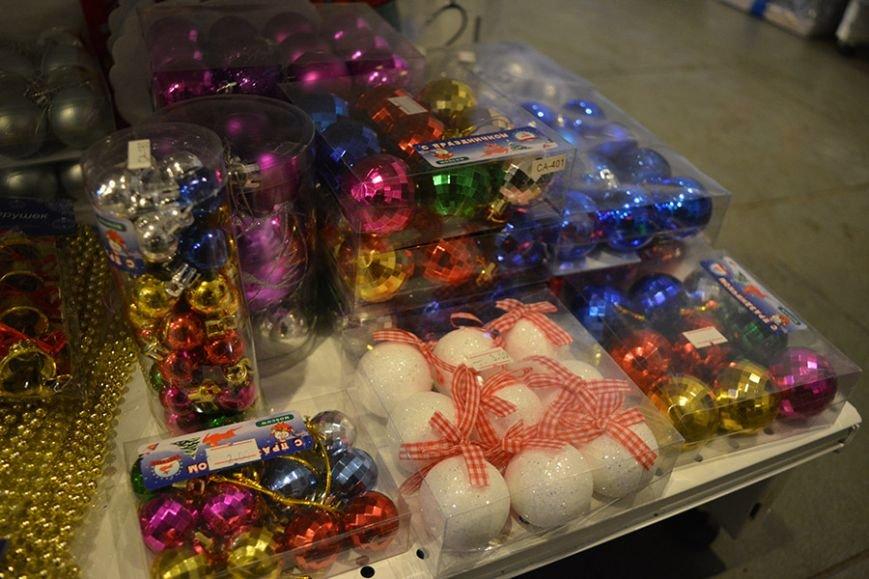 Разноцветный дождик, елочные игрушки и гирлянды. Покупаем новогодние украшения в Новополоцке за копейки, фото-5