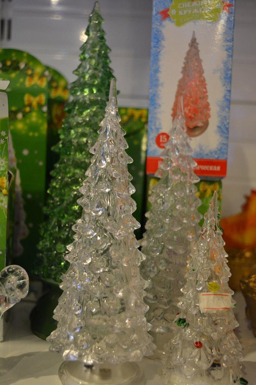 Разноцветный дождик, елочные игрушки и гирлянды. Покупаем новогодние украшения в Новополоцке за копейки, фото-12