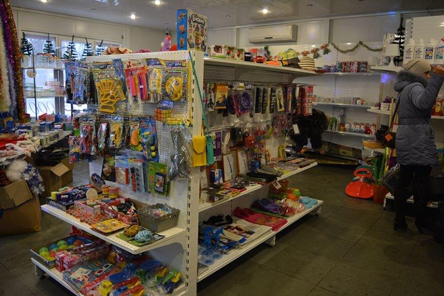 Разноцветный дождик, елочные игрушки и гирлянды. Покупаем новогодние украшения в Новополоцке за копейки, фото-16