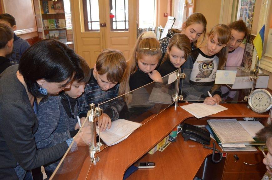 Школьники прошли лабиринтами истории в поисках артефактов (фото), фото-1